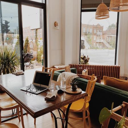 Cover of 4 cozy cafes in Rosemont–La Petite-Patrie