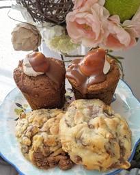 Un latte et tout plein de bonnes pâtisseries à emporter!! Une merveille à découvrir, plaisir pour les papilles garanti 😍