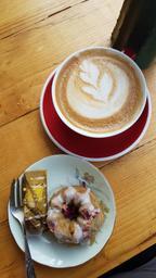Oat latte. Tasty and love the latte art
