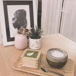 matcha tiramisu & black sesame latte