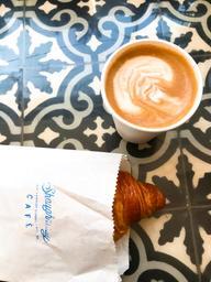Croissant and almond milk moka 👌🏾