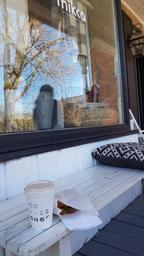 Cute little coffee shop in old Hudson!