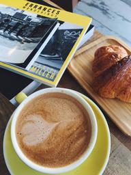Moka + croissant