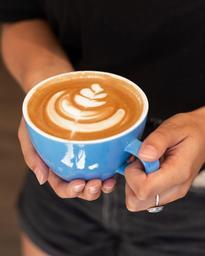 Quoi de mieux qu'un excellent bol de latte pour starter ta journée!