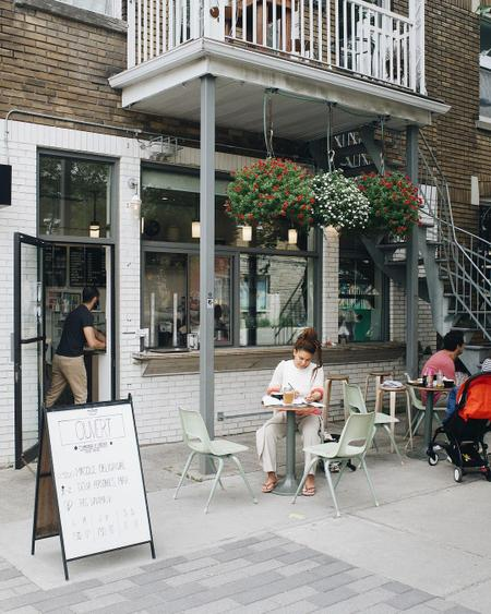 Cover of TOP 5 cafes near Sir Wilfrid Laurier Park