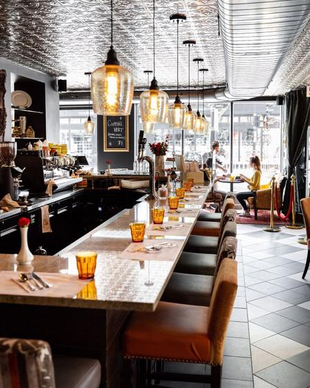 Cover of 12 Cafes to Discover in Verdun