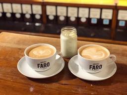 La taille du grand latté m'étonne...😂