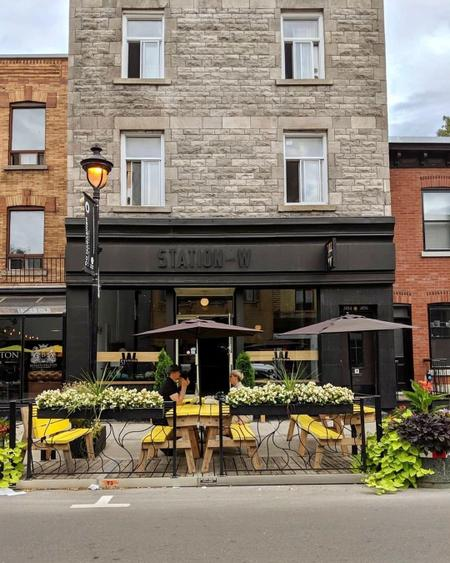 Cover of 12 great cafes to visit in Verdun