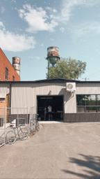 Pick up des meilleurs cafés Montréalais torréfiés sur place.