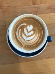 Très bon café! Belle ambiance et endroit joli ✨ ❤️