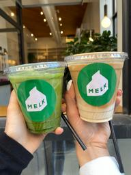 Nice café tucked away in the downtown area. Pretty good coffee and matcha