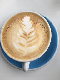 Cappuccino après le délicieux brunch😋